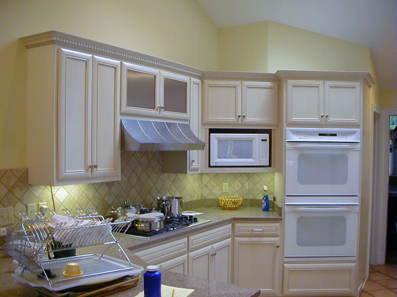 EZ Kitchens | Kitchen Cabinet Refacing, New Cabinets, Countertops ...